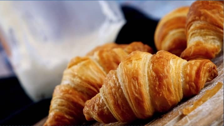 ektion 06 - Sauerteig Croissants