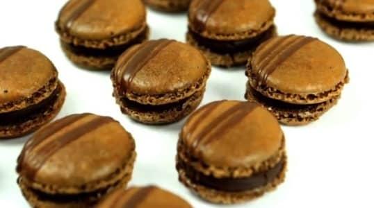 Lektion 09 - Schokoladen Macarons