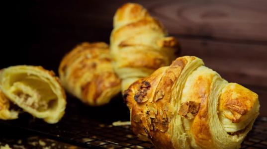 Lektion 15 - Apfel Croissants